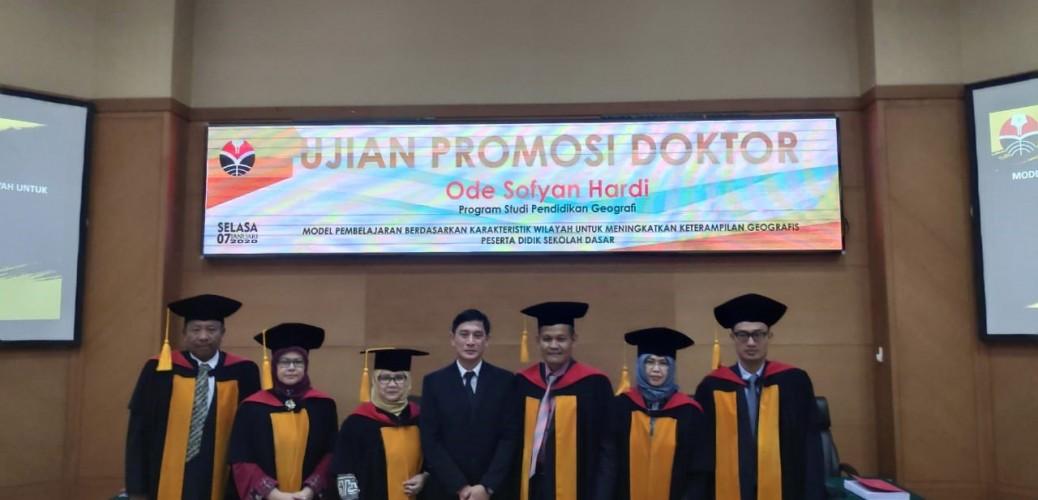 Sidang Promosi Doktor Ode Sofyan Hardi, S.Pd., M.Si., M.Pd.